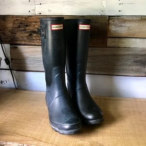Matte Black Tall Hunter Boots Size 8